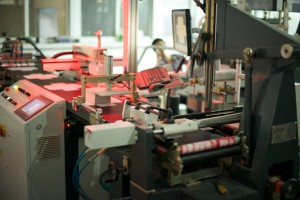 This fully automated line removes manual labor from the last half of the boxmaking process.
